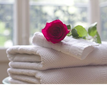For-your-best-spa-get-Luxurious-Towels.