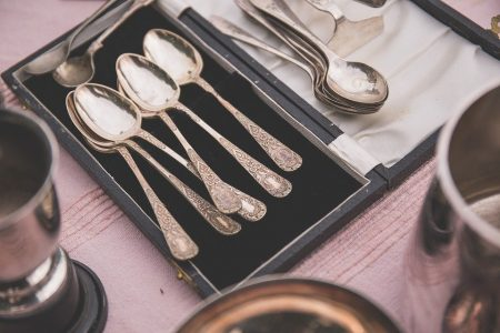 https://ohmyheartsiegirl.com/how-to-find-out-if-your-old-silver-is-valuable