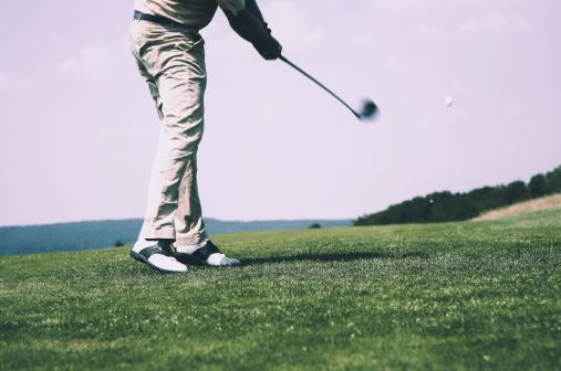 Tips-For-Golfing-With-a-Bad-Back