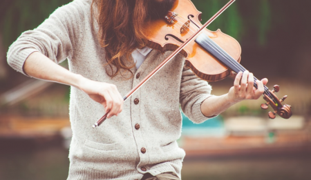 How-listeing-to-music-therapy-can-improving-hearing
