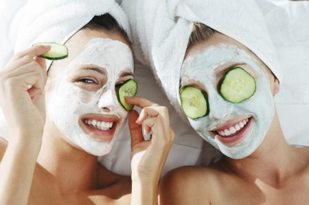 Treat-your-skin-with-a-relaxing-mask