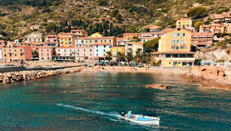 Isola-Bella-Beach-Italy.