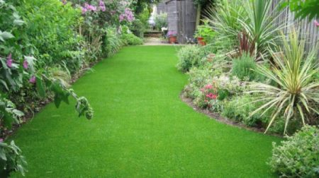 How-to-use-Artificial-Turf-in-Your-Garden