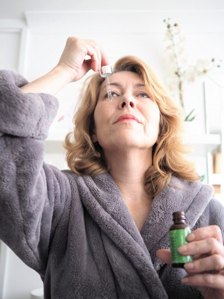 Learn-about-Retinol-and-how-to-use-these-products