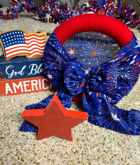 Scarf-and-Yarn-Patriotic-Wreath-or-Table-Top-Decoration-from-Life-as-a-Leo-wife.
