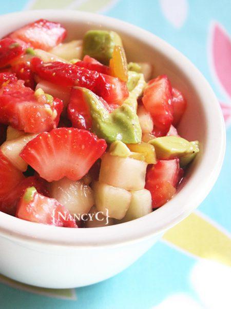 Fresh-Homeade-strawberry-salsa
