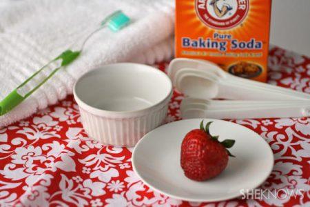 Strawberries-can-help-brighten-your-teeth
