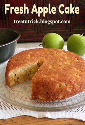 Fresh-Baked-Moist-Apple-Cake