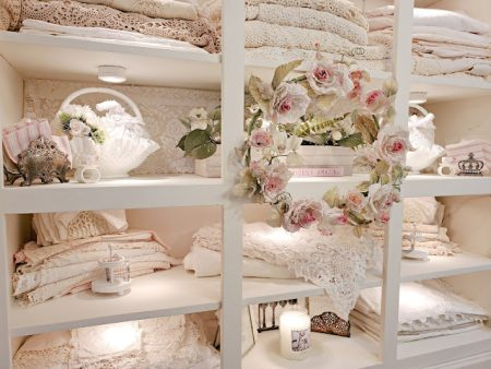 Pennys-Vintage-Home-Styling-Open-Shelving.