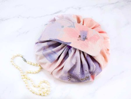 how-to-sew-a-round-makeup-bag.