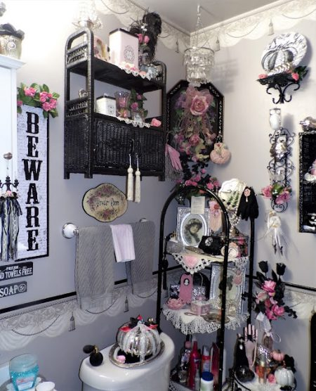 A-Pink-And-Black-Halloween-in-The-Powder-Room