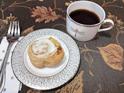Puff-pastry-cinnamon-rolls